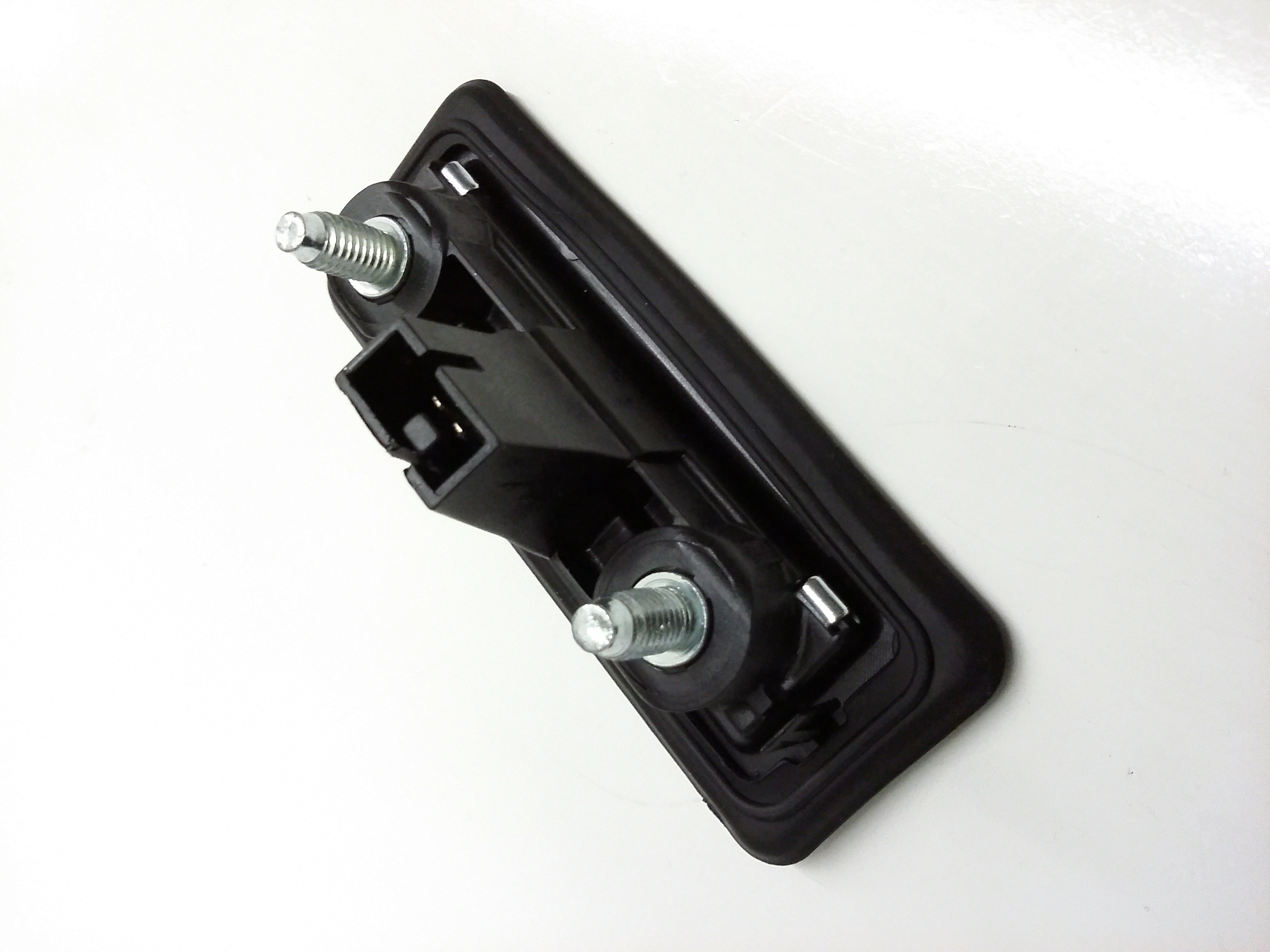 2009 volkswagen jetta wagon liftgate pull handle lock for 12 volt door latch
