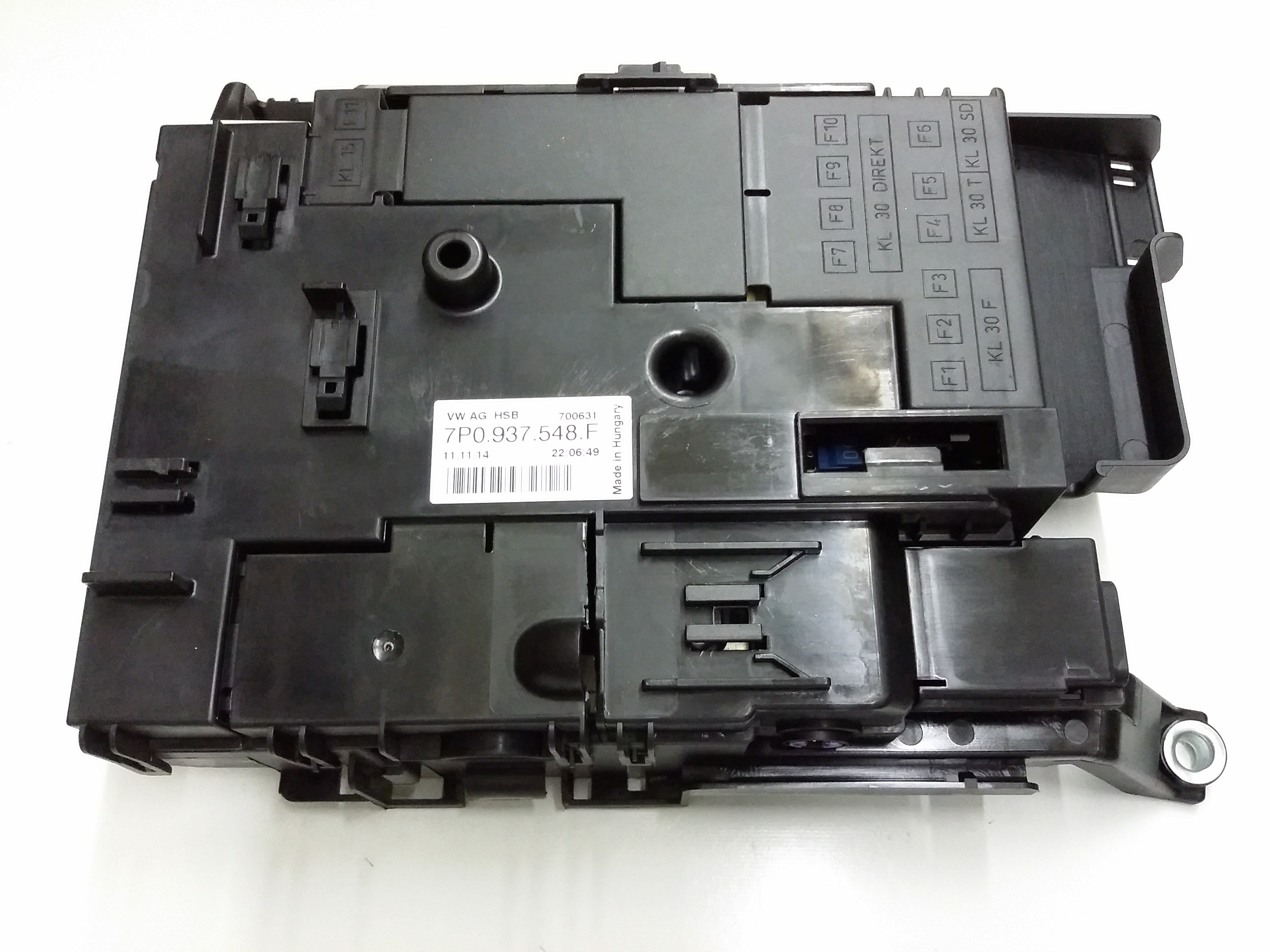 Vw Fuse Box Engine Conpartment Free Wiring Diagram For You 2013 Beetle Location Volkswagen Touareg Passenger 95 Passat