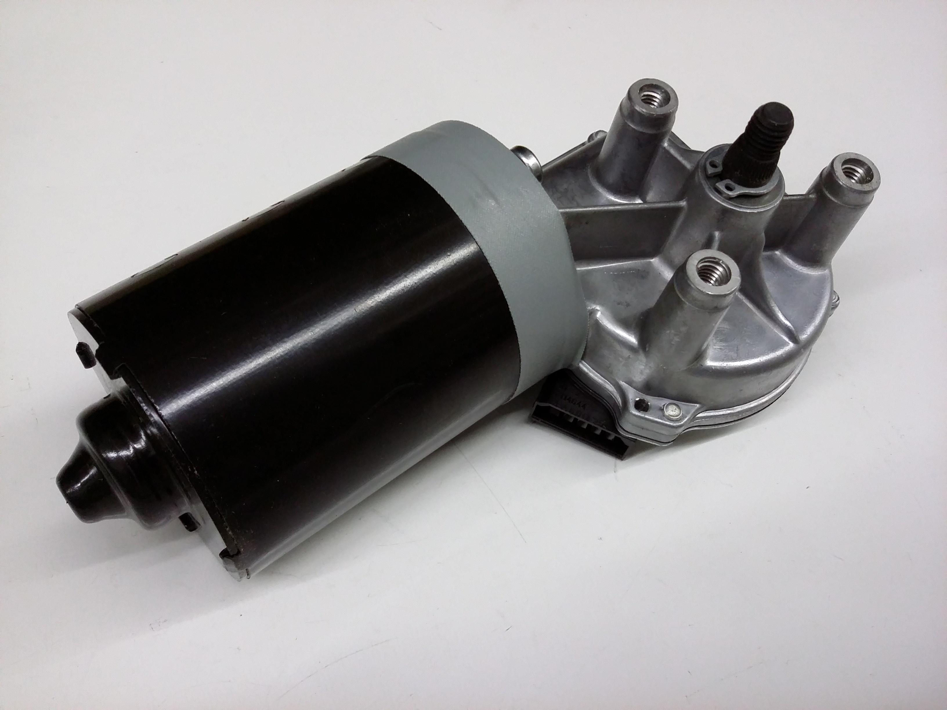 2003 volkswagen eurovan windshield wiper motor wiper for Windshield wiper motor parts